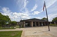 Byrd Visitor Center (9600028096).jpg