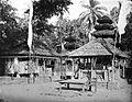 COLLECTIE TROPENMUSEUM Binnenhof van de hindoeïstische tempel Balé-agong te Singaraja Bali tijdens galungan (nieuwjaar) TMnr 10016495.jpg