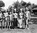 COLLECTIE TROPENMUSEUM Kenya patiënten te Bulungan Borneo TMnr 10002199.jpg