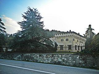 historic house in Cafaggiolo, Italy