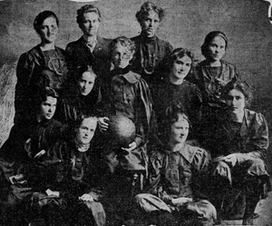 Women's basketball - University of California-Berkeley women's basketball team, photographed in 1899