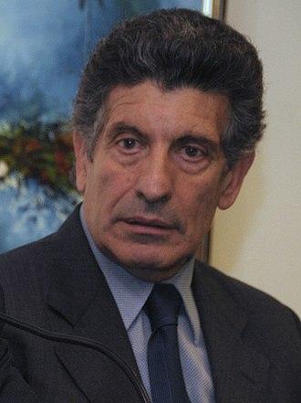 Carlos Álvarez (politician) - Image: Carlos Chacho Álvarez (cropped)