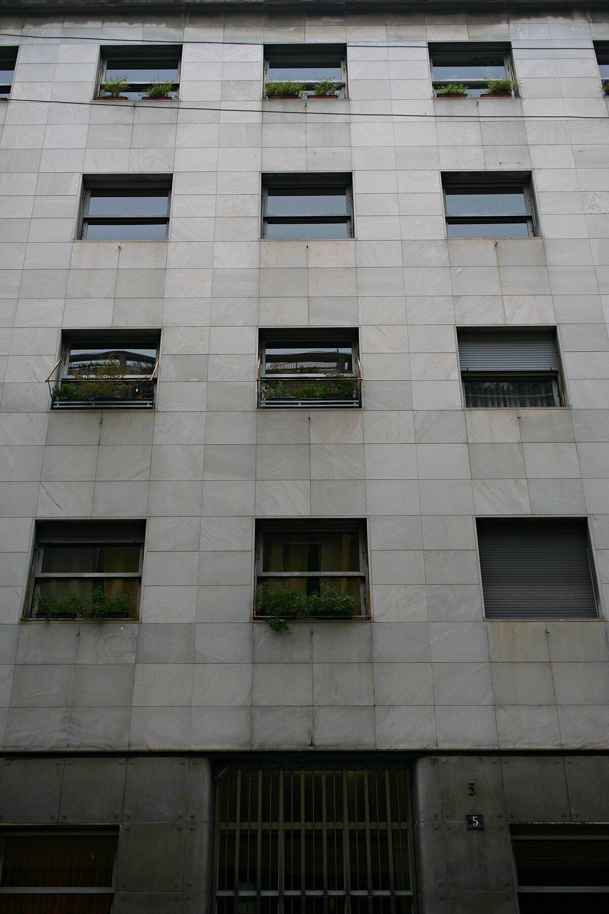 1200px-Casa_e_studio_Portaluppi%2C_via_Morozzo_della_Rocca%2C_5%2C_Milano.jpg