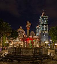 Catedral de Puebla, México, 2013-10-11, DD 17.JPG