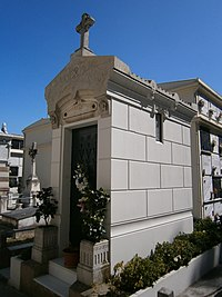 Cemiterio de Santo Amaro - Clara Corral.jpg