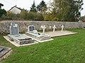 Champaubert-FR-51-sépultures militaires-a2.jpg