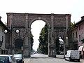 Cherasco-arco di porta narzole1.jpg