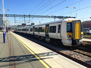 Great Northern Route - Image: Class 387 at Luton