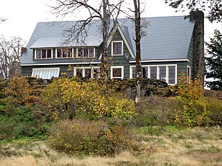 Cliff Lodge historic house in Hood River, Oregon, USA