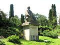 Cluj-Napoca-Grădina Botanică -Alexandru Borza-Statuia lui Alexandru Borza-IMG 1269.jpg