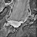 Columbia Glacier, Calving Terminus, Heather Island, Terentiev Lake, September 16, 1983 (GLACIERS 1458).jpg
