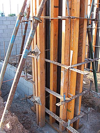 Formwork - Timber formwork for a concrete column
