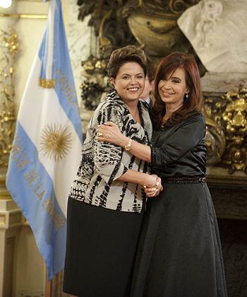 Cristina e Dilma 310111