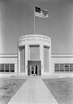 Curtiss-Wright entrance Cladwell NJ 1941.jpg