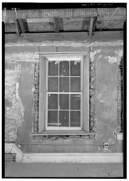 File:DETAIL VIEW OF TYPICAL WINDOW AND STONE WALL, ON THIRD FLOOR - Masonic Hall, Shenandoah Street, Harpers Ferry, Jefferson County, WV HABS WVA,19-HARF,36-20.tif