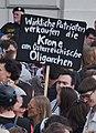 Demo Ballhausplatz Mai 2019 - Wirkliche Patrioten verkaufen die Krone an östereichische Oligarchen (Wien).jpg