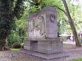 Denkmal für die Gefallenen des Ersten Weltkrieges (Aurich), Joseph Hammerschmidt (September 2015) (1) (2).JPG