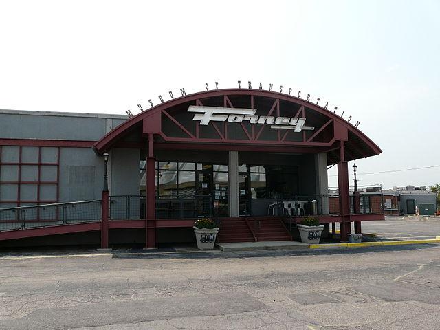 Restaurants Near  Denver West Blvd
