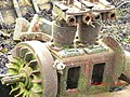 Derelict Engine on Boat at Tobermory - panoramio.jpg