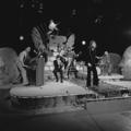 Dizzy Man's Band - TopPop 1974 02.png