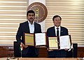 Do Jong-hwan signed an MoU on sports cooperation between the two nations, in New Delhi.JPG