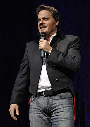 Eddie Izzard - Izzard performing in December 2008