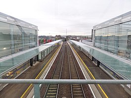 Edinburgh Gateway Station, view south from the pedestrian overbridge. Scotland.jpg