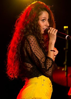 Eliza Doolittle (singer) - Doolittle at Skyfest, 2011