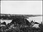 Elizabeth Bay, Sydney from Darling Point (2484311775).jpg