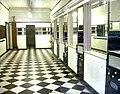 Empty barbershop ( (3644212263).jpg