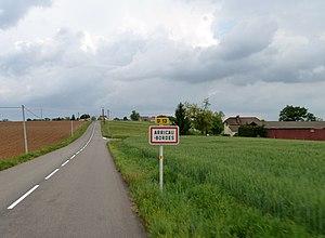 Arricau-Bordes - The road into Arricau-Bordes