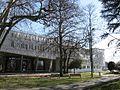 Entrée du Service de la lecture publique, site de Bourgoin-Jallieu.jpg