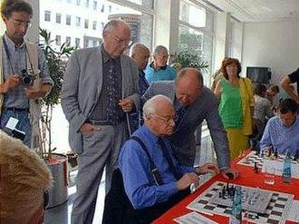 Ephraim Kishon - Image: Ephraim Kishon 2001 Dortmund