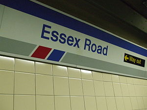 Essex Road railway station - Image: Essex Road stn signage