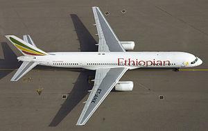 Ethiopian Airlines Boeing 757-28A ET-AMK.jpg