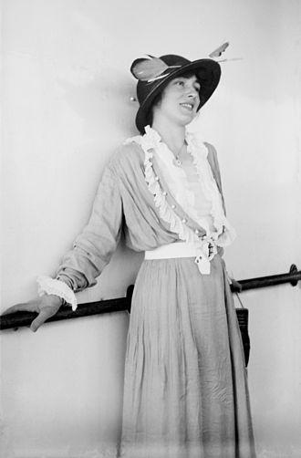 Willie Hammerstein - The scandalous Evelyn Nesbit was a draw