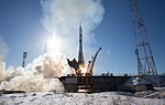 Expedition 54 Launch (NHQ201712170012).jpg