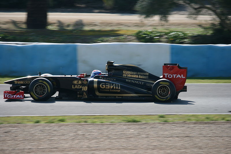 File:F1 2011 Jerez day2 5.jpg
