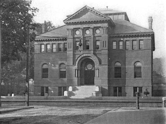 Fitchburg WallaceLibrary ca1907 Massachusetts