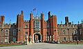 Flickr - Duncan~ - Hampton Court Palace.jpg