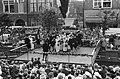 Folkloristisch festival te Bolsward, overzicht optreden Bolswarder Skotsploeg me, Bestanddeelnr 914-1904.jpg