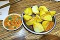 Fried potatoes in Kunming (20180214094403).jpg