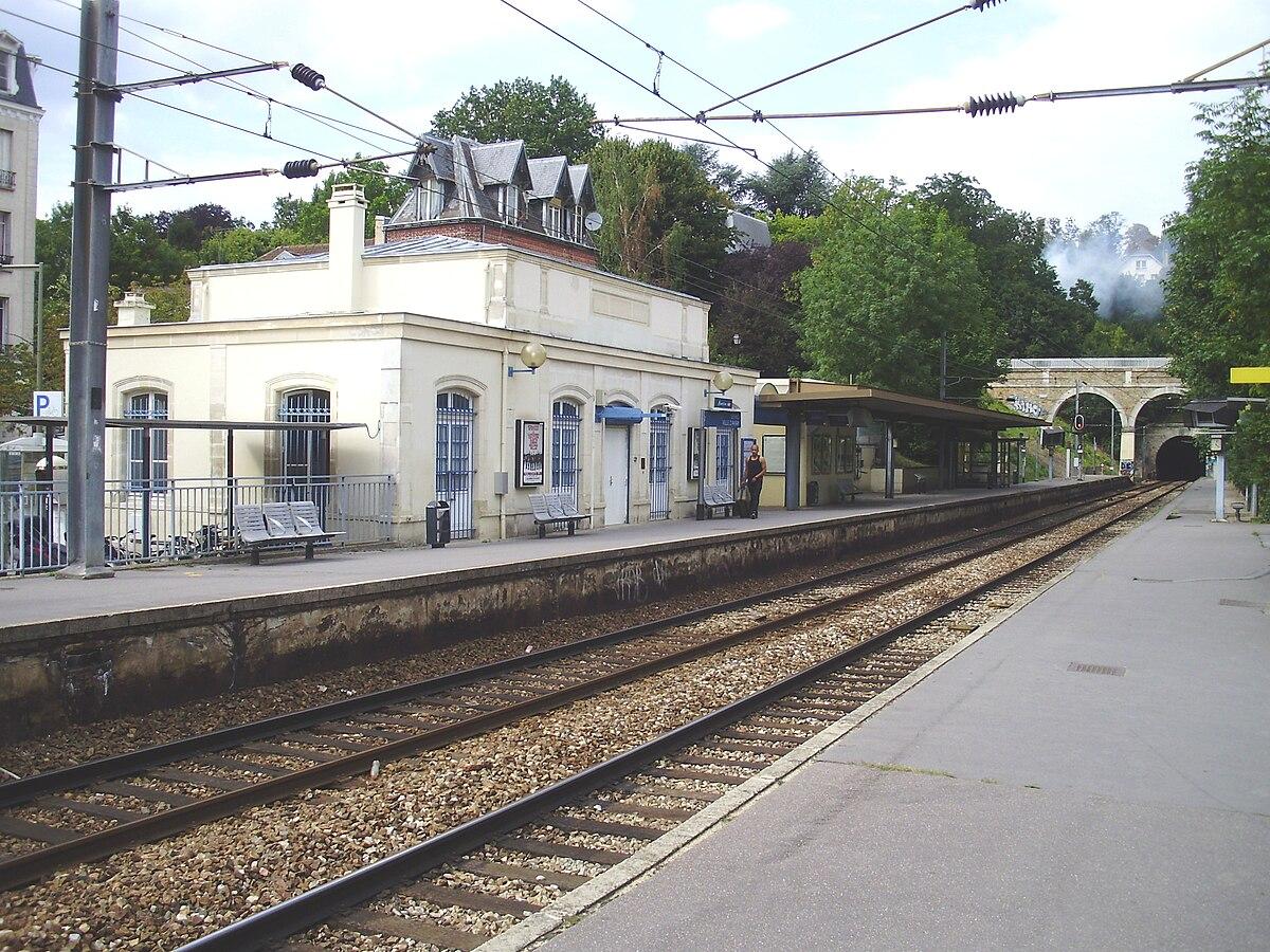 Rue De Versailles Ville D Avray