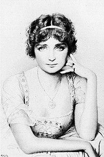 Geneviève Vix 1912.jpg