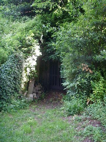File giardino torrigiani forno crematorio alla base della for Giardino torrigiani