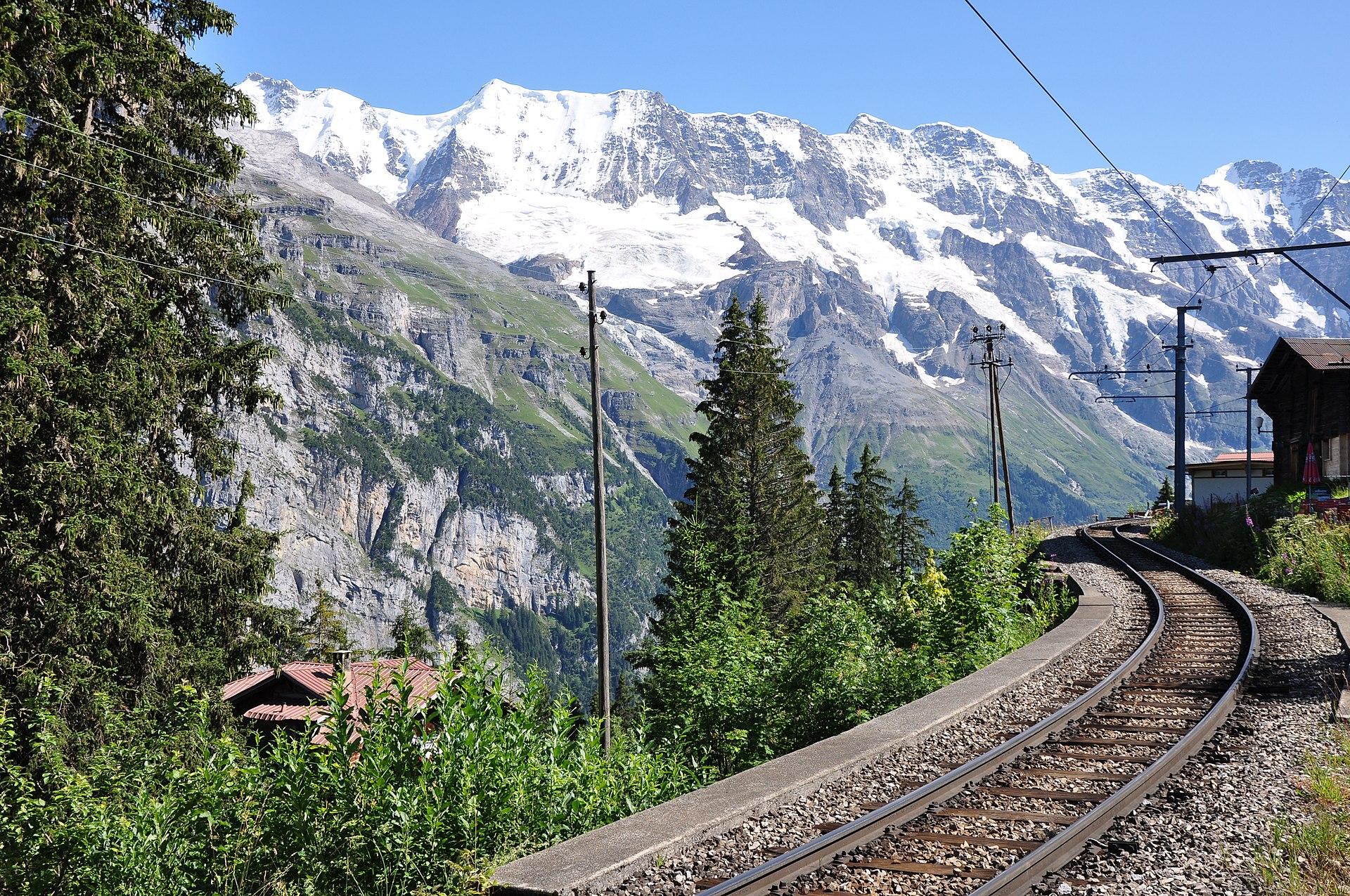 Lauterbrunnen U2013m U00fcrren Mountain Railway