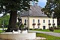 Grafenstein Pfarrhof und Brunnen Hauptstrasse 91 20110908 192.jpg