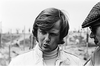 Ronnie Peterson - Peterson having a conversation with Colin Crabbe at the 1970 Dutch Grand Prix.