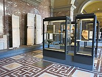Greek antiquities in the Louvre - Room 10 D201903.jpg