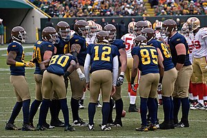 The Green Bay Packers in their throwback navy blue uniforms in 2010 1b67ad4a2